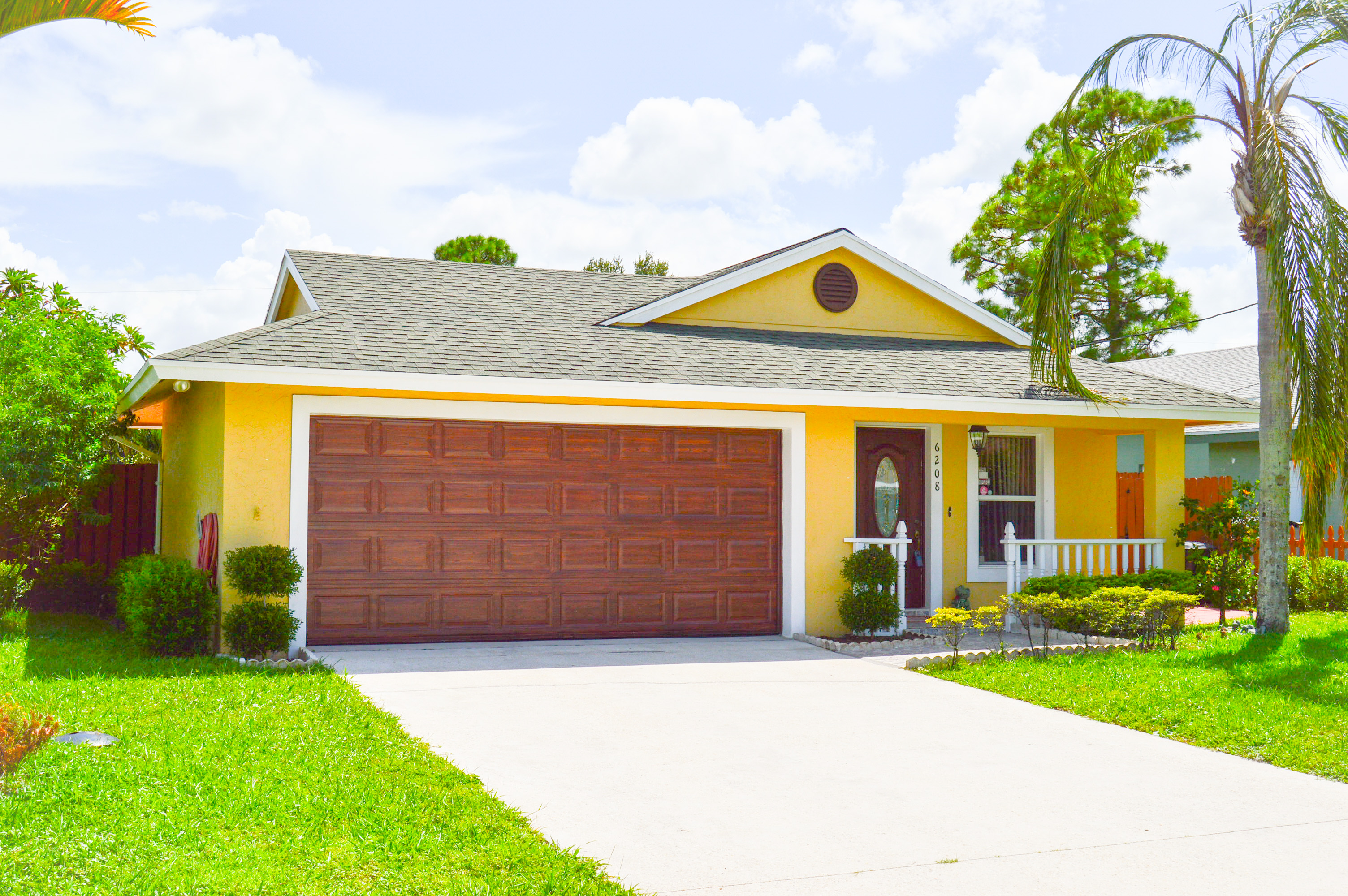 Riviera Beach Homes For Sale community image