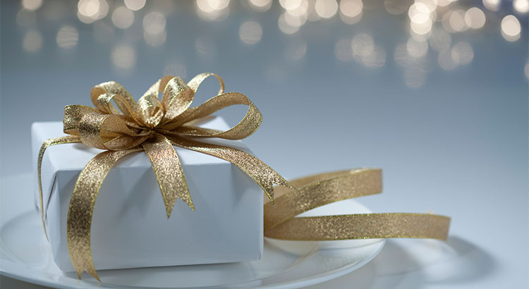 7 Reasons to List Your House for Sale This Holiday Season | MyKCM