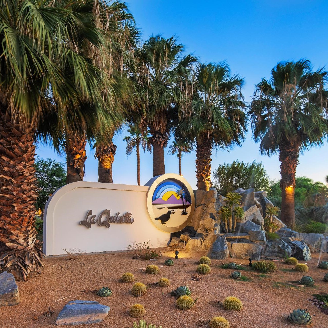 3. La Quinta community image