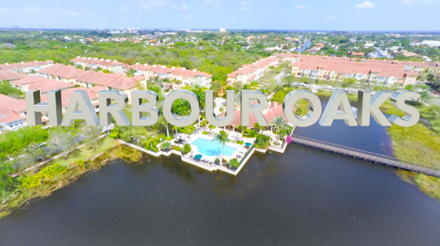 Harbour Oaks Homes for Sale in Palm Beach Gardens, 33410 community image