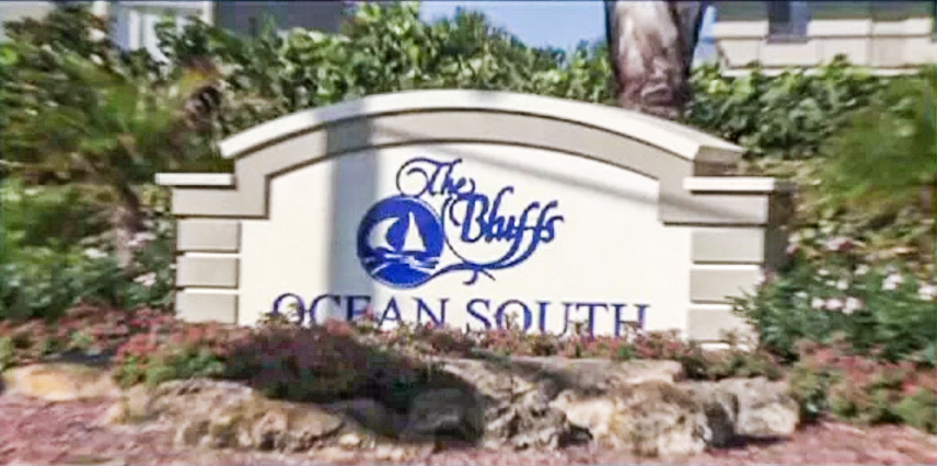 The Bluffs Homes for Sale in Jupiter, FL 33477 community image