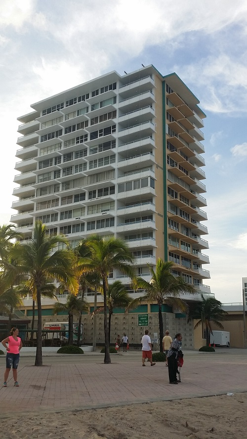 Illini Condos Fort Lauderdale Beach community image